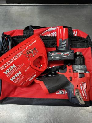 Milwaukee m12 fuel hammer drill kit for Sale in Covina, CA