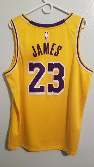 Lakers LeBron James Jersey for Sale in Chula Vista, CA