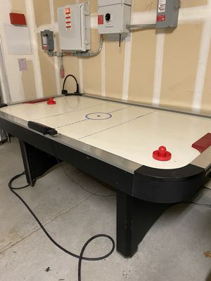 7 ft Air Hockey Table for Sale in Brentwood, CA