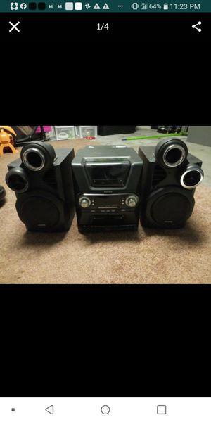 Audiovox 50 cd disc holder/changer + radio + 2 cassisette tape holder/player for Sale in Dover, FL