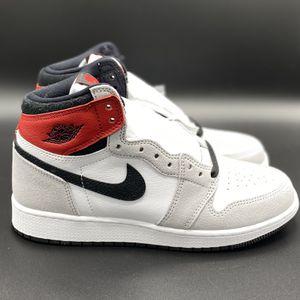Nike Air Jordan 1 Retro High Light Smoke Grey GS for Sale in Mount Laurel Township, NJ