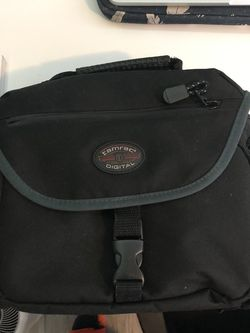 TAMRAC CAMERA BAG for Sale in Chicago,  IL