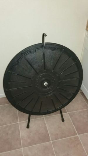 Spinning Game Circular Spinner for Sale in San Diego, CA