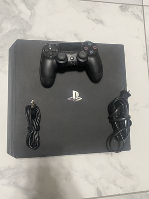 PS4 PRO for Sale in Redlands, CA