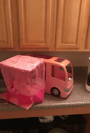 Barbie pop up camper rv Winnebago for Sale in Paterson, NJ