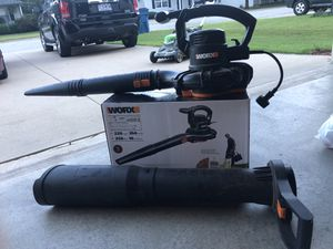 Leaves blower and vacuum for Sale in Joplin, MO
