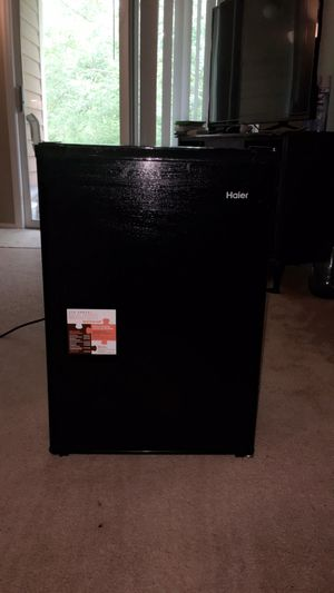 Haier 2.7 Cu.Ft Refrigerator for Sale in Dublin, OH