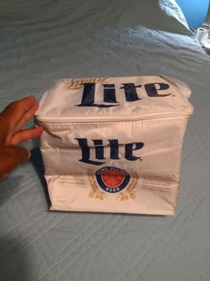 MILLER LITE LUNCH OR BEER COOLER for Sale in Garfield Heights, OH