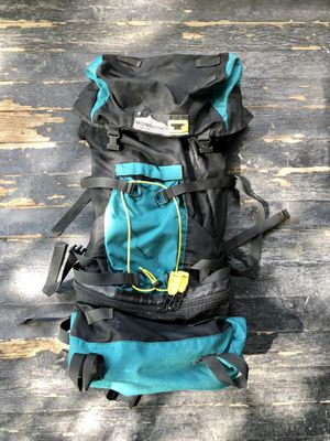 Mountainsmith hiking climbing backpack w internal frame USA for Sale in Oak Park, IL