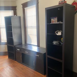 Tv Stand For Free for Sale in Waterbury, CT