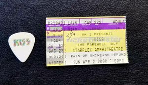 KISS Apr. 2000 Farewell Tour ticket stub & Ace Frehley concert pick for Sale in CLARKSVLE CTY, TX