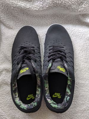 Nike shoes for men size 12 for Sale in Everett, WA