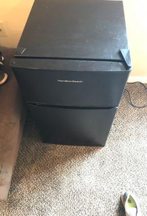 Refrigerator mini for Sale in White Hall, AR
