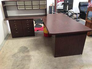 Large desk for Sale in Visalia, CA