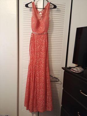 Traje size 3 para la noche, quinceañero, boda, prom. Size 3 dress for sweet 16, prom, wedding or just a night dress for Sale in Orlando, FL