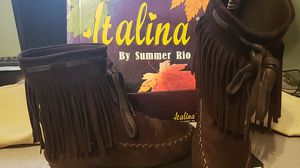 Italina suede fringed brown bootie, size 6 &1/2 for Sale in Overland Park, KS