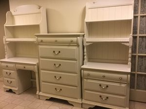 Haverty's girl's bedroom set for Sale in Plano, TX