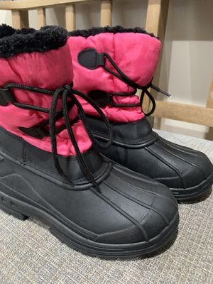 Kids snow boots size 3 for Sale in Hacienda Heights, CA