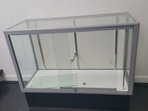Lighted Glass Display Case for Sale in San Diego, CA