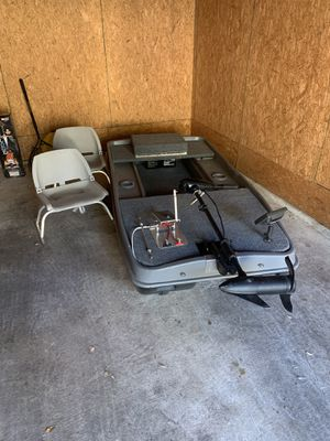 Mini bass boat / pontoon for Sale in Helotes, TX