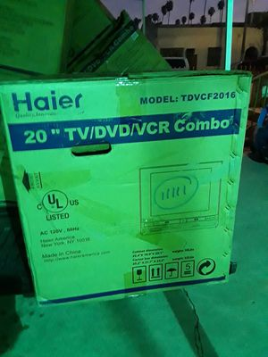 "Haier 20""tv/DVD/VCR Combo for Sale in Los Angeles, CA"