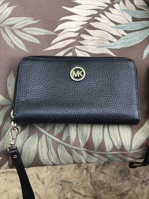 Small Michael Kors Wallet for Sale in Rocklin, CA