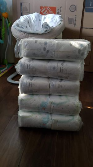 Diapers Size 1 And 2 for Sale in Los Angeles, CA
