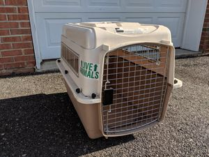 Petmate Large Dog Cage Kennel 28x20x21 for Sale in Tinton Falls, NJ
