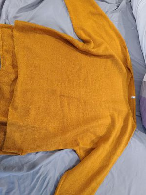Yellow Sweater XL for Sale in Nottingham, MD