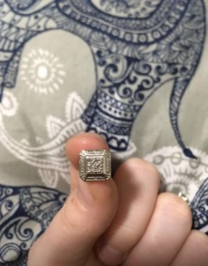 Sterling silver diamond accent earring for Sale in Cordova, TN