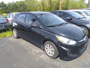 2012 Hyundai Accent 4 door Hatchback for Sale in Egg Harbor City, NJ
