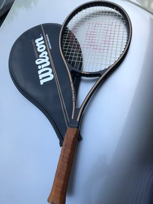 Wilson Graphite Force Tennis Racket with case for Sale in Bolingbrook, IL