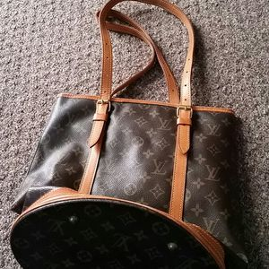 Louis vuitton large bucket GM bag handbag for Sale in Mason City, IA