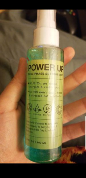 Inn Beauty Powerup Setting Spray for Sale in Moreno Valley, CA