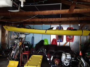 Bimini 15.0 kayak. Best you can buy. Free troll motor included for Sale in Oakbrook Terrace, IL