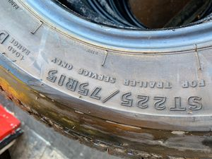 225/75/15 set of four tires good condition trailer tires for Sale in San Diego, CA
