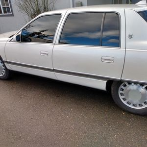 94 Cad Runs Good 141000mils for Sale in Tacoma, WA