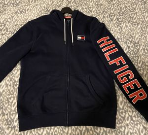 Tommy Hilfiger, Nautica, Michael Kors, and more. Clothing (SEE DESCRIPTION) for Sale in Olympia, WA