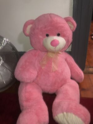 big fluffy stuffed bear for Sale in Saint Clairsville, OH