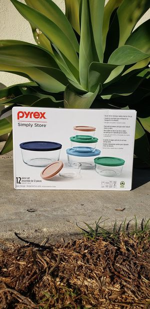 NEW - SEALED Glass Pyrex Food Storage Food Prep Set Containers Tupperware - 12 Piece CHRISTMAS GIFT Dishwasher, refrigerator, microwave and oven safe for Sale in Oxnard, CA
