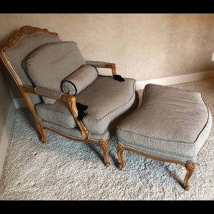 Beautiful Drexel Heritage French Bergere Chair for Sale in Woodburn, OR