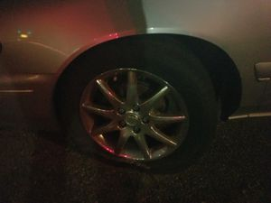 17 inch Buick rims n tires for Sale in Collingdale, PA