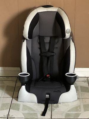 EVENFLO PLATINUM SERIES CAR SEAT 2 in 1 for Sale in Riverside, CA