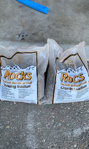 Hydroponic rocks growing for Sale in Stockton, CA
