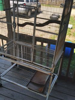 5 Ft Bird / Reptile Cage for Sale in Kyle,  TX