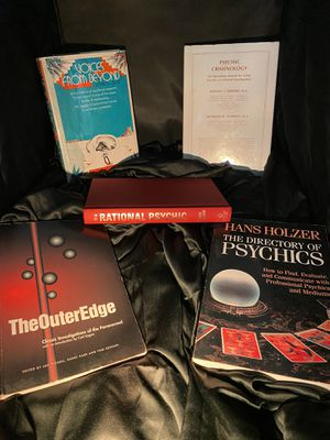 5 books on Psychics for $10 for Sale in Gainesville, FL
