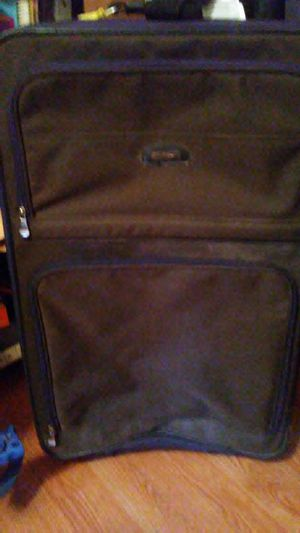 Large wheeled suitcase for Sale in Dixon, MO
