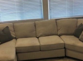 Oversized Sectional Sofa With 6 Pillows for Sale in Las Vegas,  NV