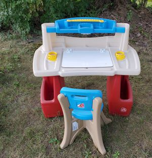 step 2 kids desk & chair for Sale in Richmond Heights, OH