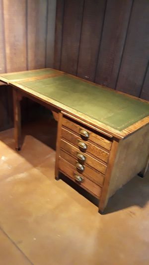 Antique solid oak desk w/ leather top gold inlay for Sale in Benicia, CA
